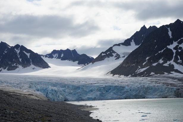 trinityhamna glacier
